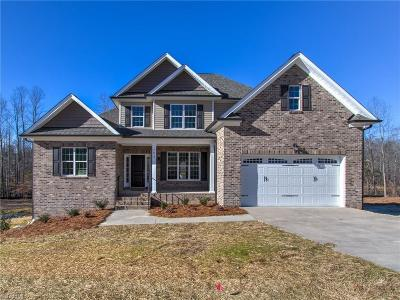 Kernersville Single Family Home For Sale: 7613 Monty Drive