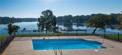 Lexington Condo/Townhouse For Sale: 150 Rivers Edge Place #A