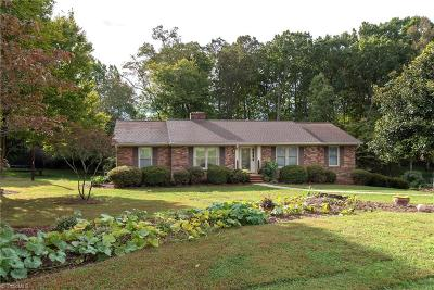 Lewisville NC Single Family Home For Sale: $234,900