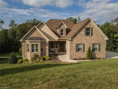 Kernersville Single Family Home For Sale: 8539 Sheppards Run Drive