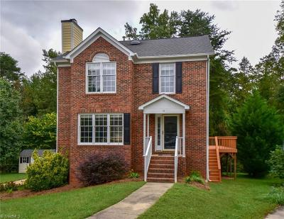 Greensboro Single Family Home For Sale: 15 Ivy Ridge Court