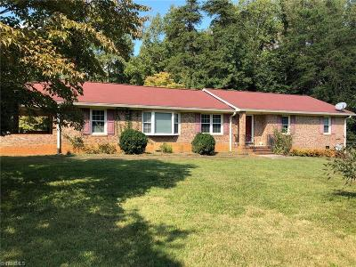 McLeansville Single Family Home For Sale: 4409 Zadie Drive