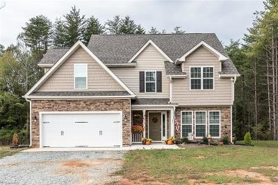 Haw River NC Single Family Home For Sale: $274,900