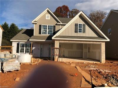 Kernersville NC Single Family Home For Sale: $240,710