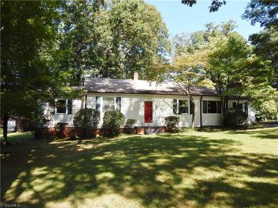 Greensboro Single Family Home For Sale: 2226 Oak Hill Drive