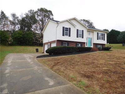 Rural Hall Single Family Home Due Diligence Period: 1110 Lowvalley Court