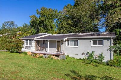 Jamestown Single Family Home For Sale: 5322 Hilltop Road