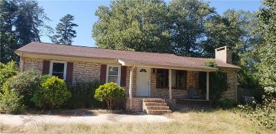 Guilford County, Forsyth County, Davidson County, Randolph County, Surry County, Yadkin County, Davie County, Stokes County, Rockingham County, Caswell County, Alamance County Single Family Home For Sale: 4503 Southern Webbing Mill Road