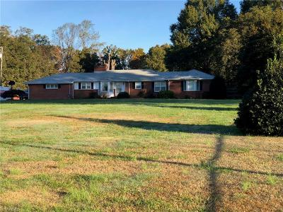 Summerfield Single Family Home For Sale: 1168 Nc Highway 150