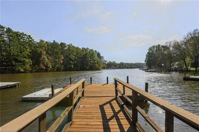 Davidson County Single Family Home For Sale: 289 Hickory Point Drive