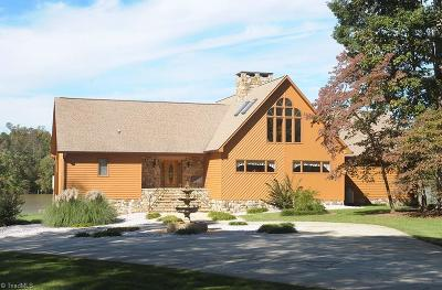 Salisbury Single Family Home For Sale: 755 Riverwalk Drive
