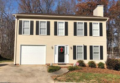 Kernersville Single Family Home For Sale: 116 Edgedale Court