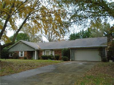 Kernersville Single Family Home For Sale: 125 Hedgemore Drive
