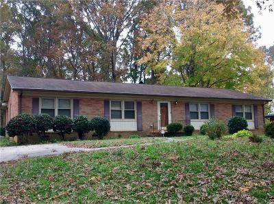 Asheboro Single Family Home For Sale: 420 Clearview Drive