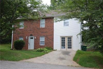 Winston Salem NC Condo/Townhouse For Sale: $132,000