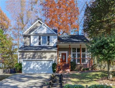 Greensboro Single Family Home For Sale: 4902 Hickory Woods Drive