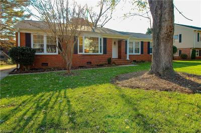 Greensboro Single Family Home For Sale: 3011 New Hanover Drive