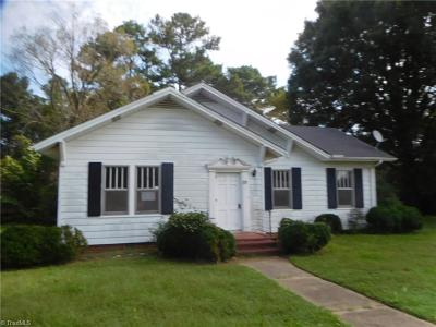 Caswell County Single Family Home For Sale: 976 Main Street Main Street