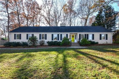 Greensboro Single Family Home For Sale: 6 Piccadilly Circle