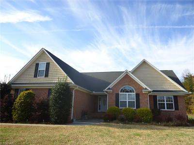 Reidsville Single Family Home For Sale: 258 Stillwater Lane
