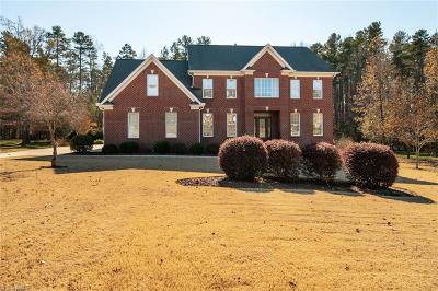 Greensboro Single Family Home For Sale: 4704 Bell Tower Court