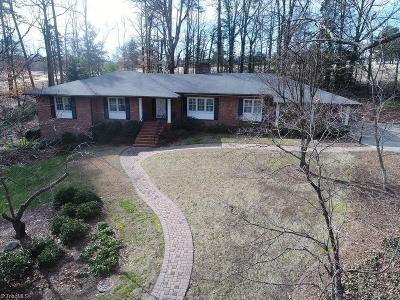 High Point Single Family Home For Sale: 301 Woodbrook Drive