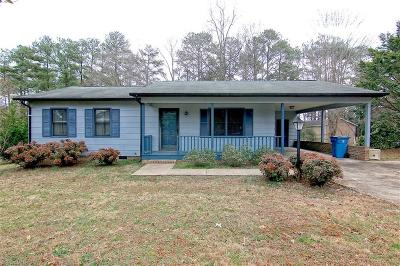 Surry County, Stokes County, Rockingham County, Yadkin County, Forsyth County, Guilford County, Alamance County, Davie County, Davidson County, Caswell County, Randolph County Single Family Home For Sale: 220 Kyle Street