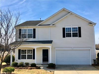 Guilford County, Forsyth County, Davidson County, Randolph County, Surry County, Yadkin County, Davie County, Stokes County, Rockingham County, Caswell County, Alamance County Single Family Home For Sale: 1501 Birkdale Circle