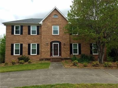 Clemmons Single Family Home For Sale: 6901 August Drive