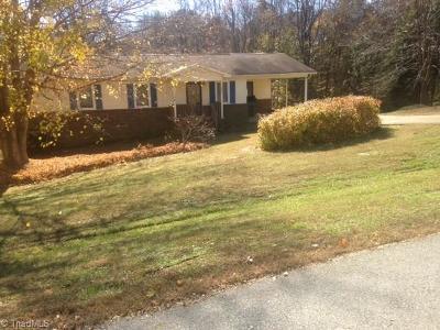 Reidsville Single Family Home For Sale: 232 Kingwood Road