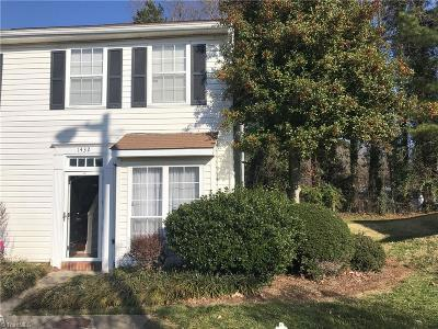 High Point Condo/Townhouse For Sale: 1432 Bailey Circle