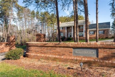 Kernersville Single Family Home For Sale: 1731 Chelsea Place Drive