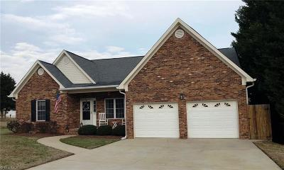 Kernersville Single Family Home Due Diligence Period: 405 Graves Mill Road
