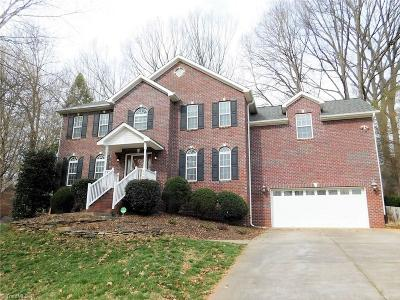 Clemmons Single Family Home For Sale: 4600 Asbury Place Drive
