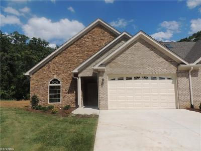 Asheboro Condo/Townhouse For Sale: 273 Wrenwood Court