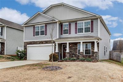 Single Family Home For Sale: 6712 Championship Drive