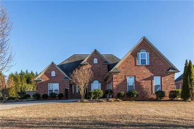 Kernersville Single Family Home For Sale: 9080 Grove Pines Lane