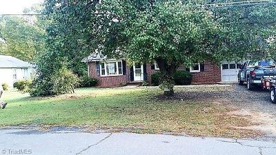 Mocksville Single Family Home For Sale: 172 Cartner Street