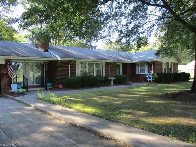 Stoneville Single Family Home For Sale: 318 Stone Mountain Road