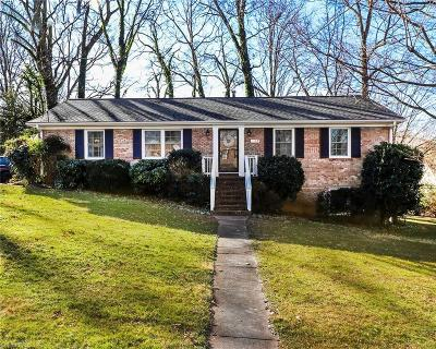 Greensboro Single Family Home For Sale: 6117 Lea Ray Drive