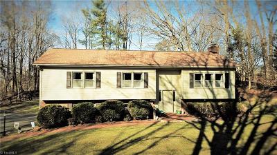 Kernersville Single Family Home For Sale: 4575 Birgeheath Road