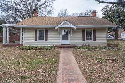 Reidsville Single Family Home For Sale: 816 S Main Street