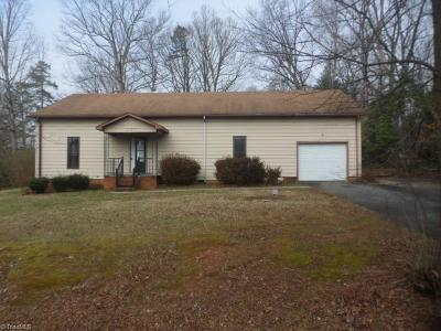 Clemmons Single Family Home For Sale: 6281 Styers Ferry Road
