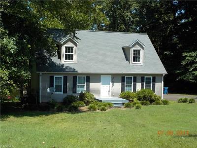 Mocksville Single Family Home For Sale: 192 Hawthorne Road