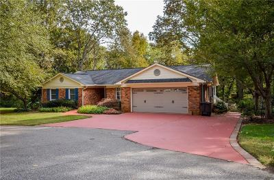 Statesville Single Family Home For Sale: 2714 Idlewood Lane