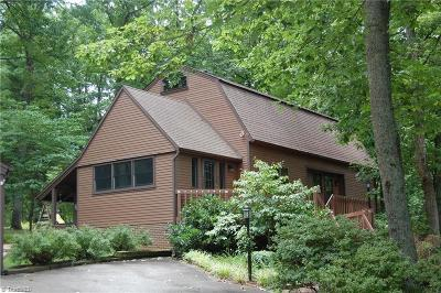 Surry County, Davie County, Yadkin County, Stokes County, Forsyth County, Davidson County, Rockingham County, Guilford County, Randolph County, Caswell, Alamance County Single Family Home For Sale: 112 Club Haven Drive