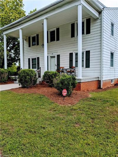 Lexington Single Family Home For Sale: 139 Richard Road