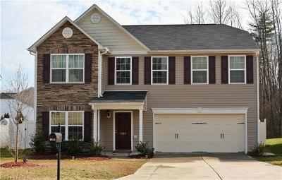 Winston Salem Single Family Home For Sale: 2589 Leighswood Drive