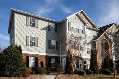 Winston Salem Condo/Townhouse For Sale: 3771 Holmes Creek Place #201