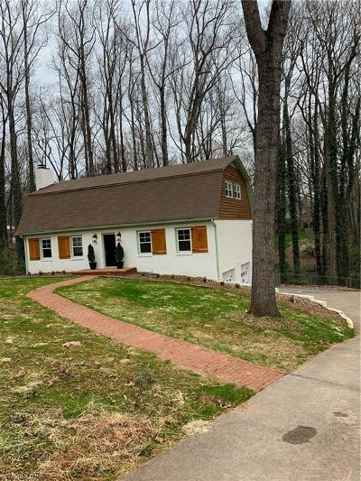 Winston Salem Single Family Home For Sale: 2543 Lake Forest Drive
